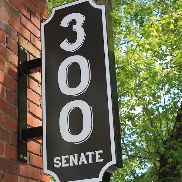 300 Senate sign